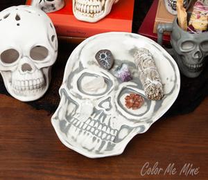 Beverly Hills Vintage Skull Plate